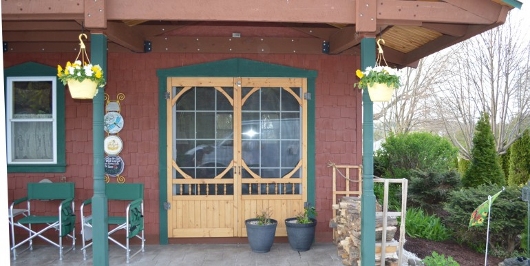 Custom screen doors